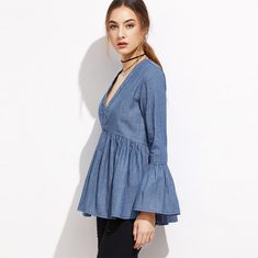 Ladies tops deep v-neckline cap sleeves denim shirt for women supplier