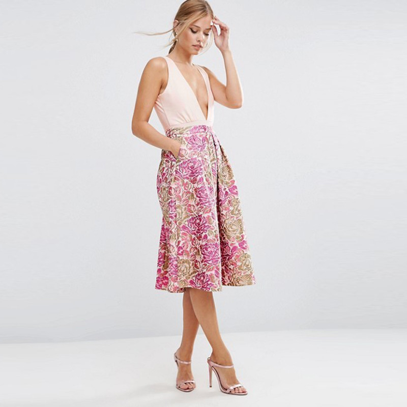 OEM Service Women Skirt with Side Pockets and Zip Fastening supplier